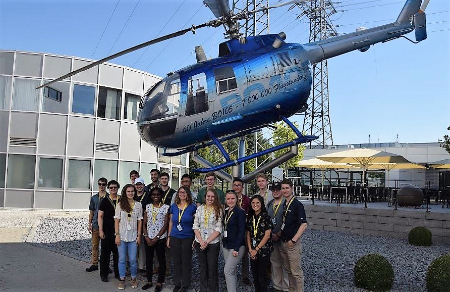 Students before helicopter