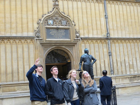 Students on a museum excursion in London.